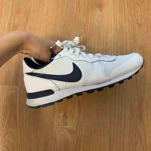 Nike Internationalist sneakers preowned
